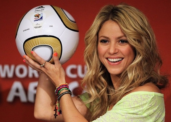 Shakira-Brasil-of-world-2014-World-2010