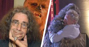 Fallece Peter Mayhew, Chewbacca de un infarto al corazón